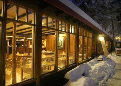 NIEVE Exterior Restaurant 01